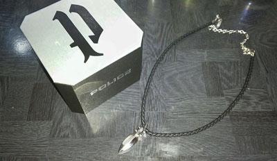 ポリス ネックレス 黒