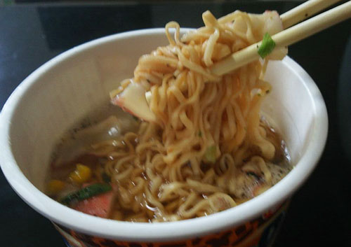 チキンラーメン シーフード 麺